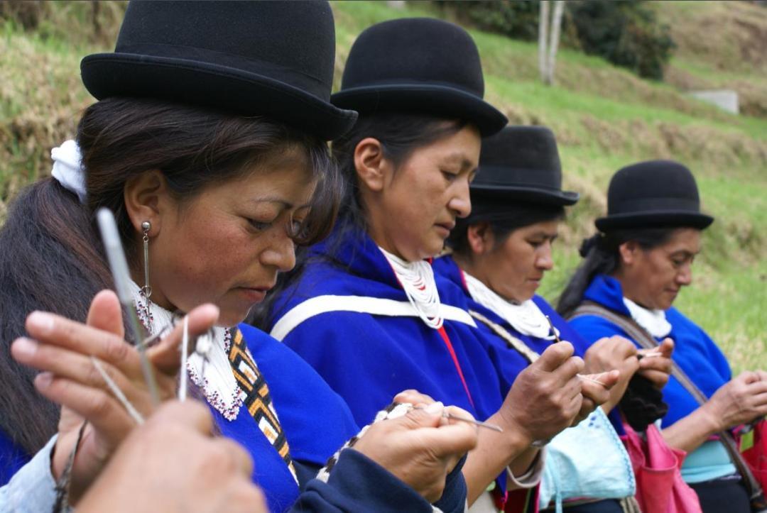 artesanas indígenas
